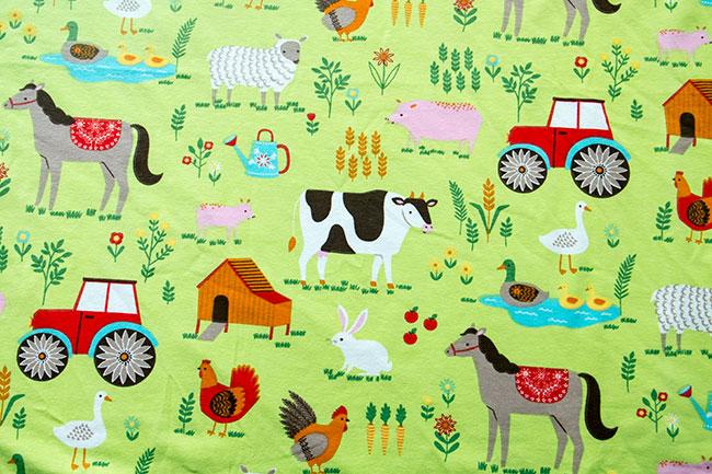 Bauernhof-Jersey Simon von Swafing mit Kühen, Pferden und einem roten Traktor!