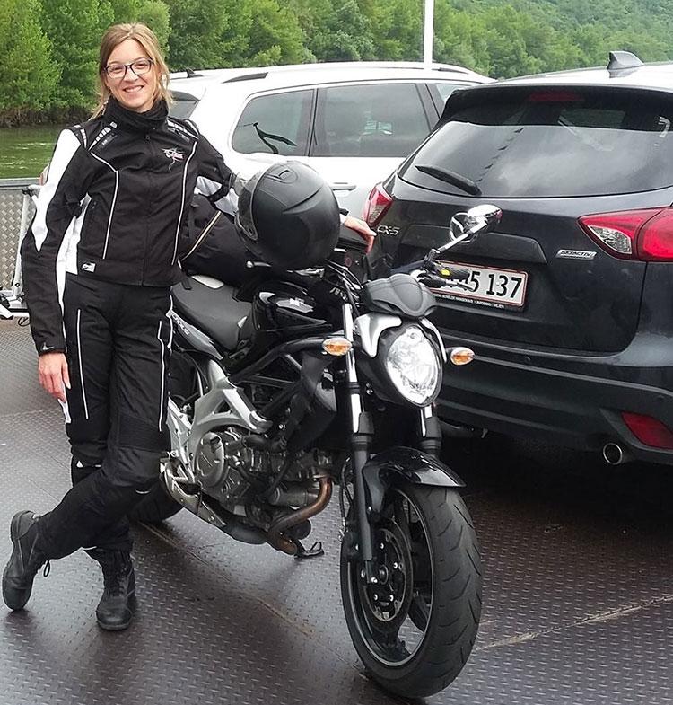indira_motorrad