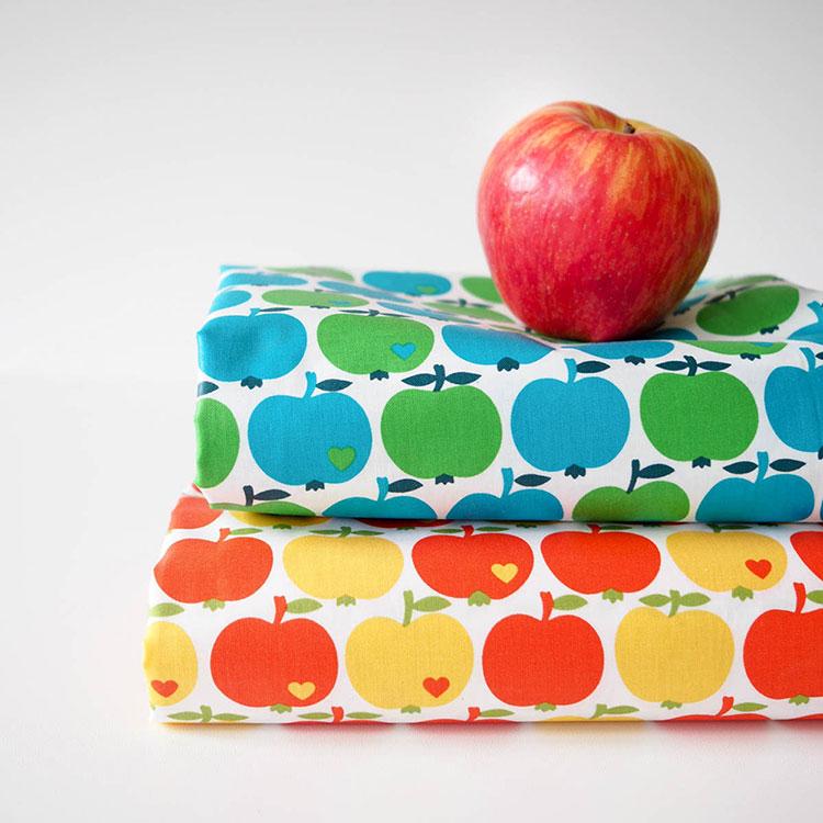 Neue byGraziela Stoffe bei Swafing: Beschichteter Baumwollstoff mit Äpfeln