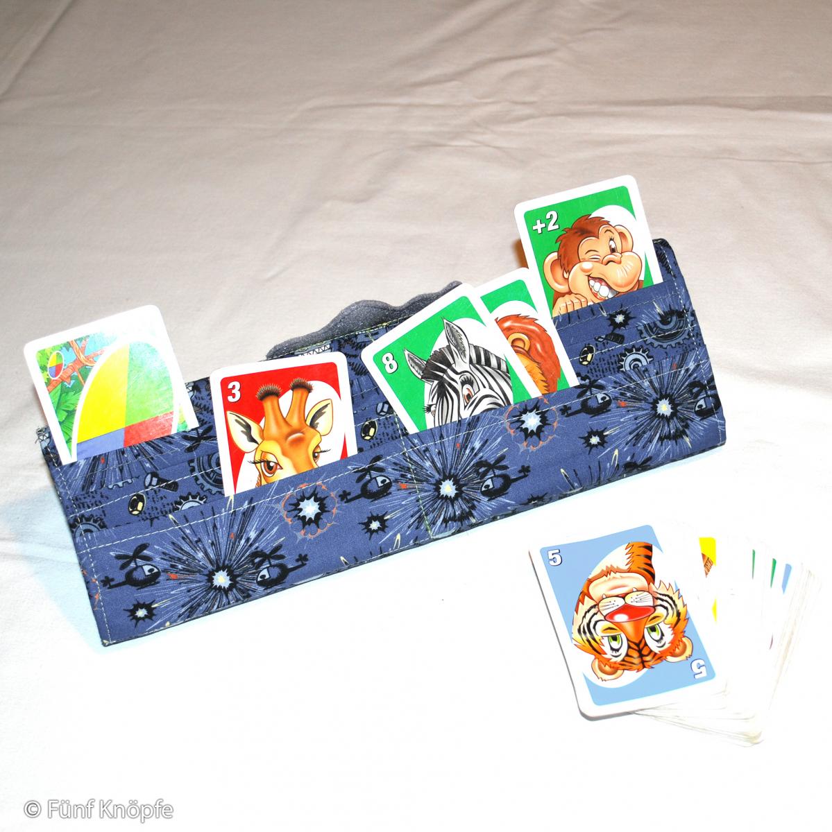 Fünf Knöpfe: Kartenhalter / GoodWeib´s Mädchenkram.